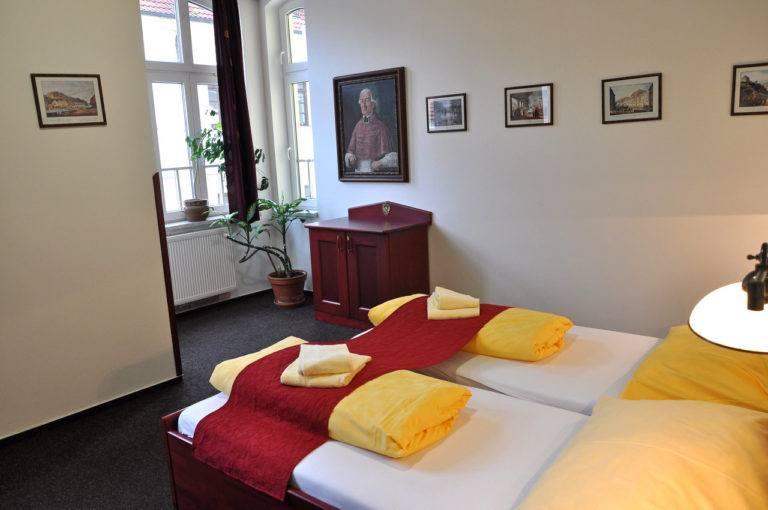Hotel Loket